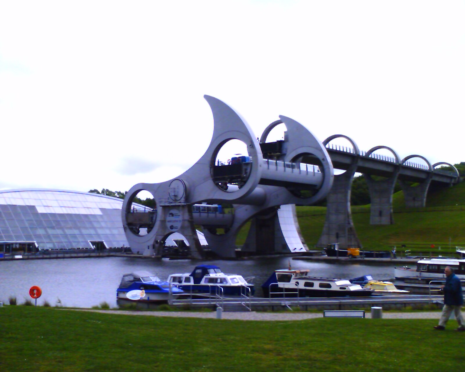 Falkirk Wheel Half Way Up